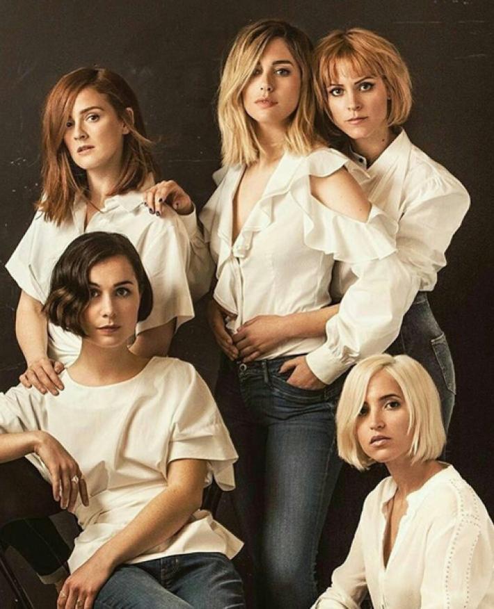 Blanca Suárez junto a sus compañeras de 'Las chicas del cable'