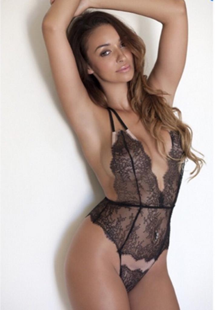 Rebecca Kelly Modelo Inglesa Desnuda En La Portada De Interviú